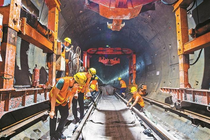 地铁4号线北延线进入铺轨阶段